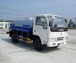 china_dongfeng_water_tank_truck_5000l20101124925142